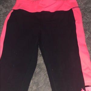Black hot pink leggings